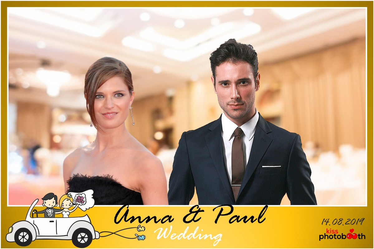 Photo Design Wedding Layout 3 (Funny Cartoon - Yellow frame)