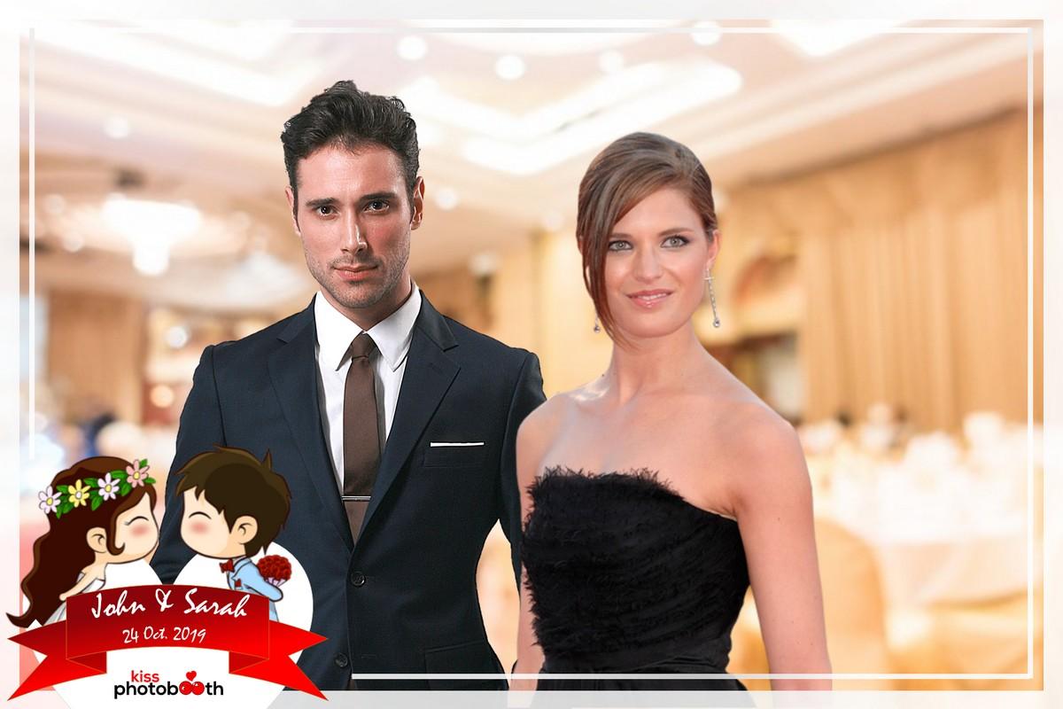 Photo Design Wedding Layout 6 (Cartoon Couple Kissing - White frame)